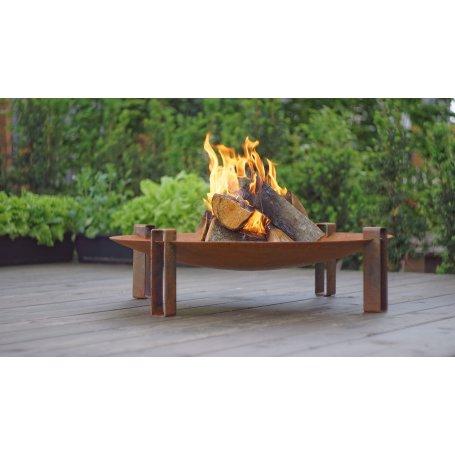 Tulipesä Maar Fire Pit